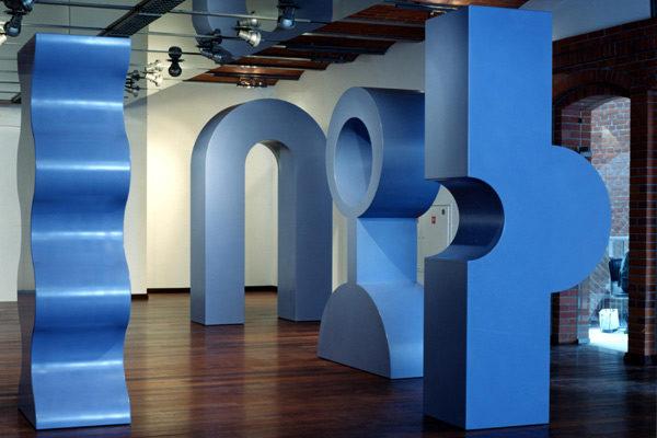 Allestimento Museo - Praga - Progetto Design in Corian - 01