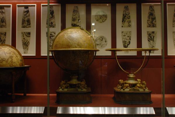 Allestimento Museo - Galileo Firenze - Progetto Design in Corian - 08
