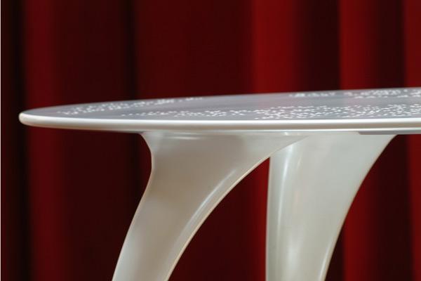 Tavolo Design in Corian - Moon 03