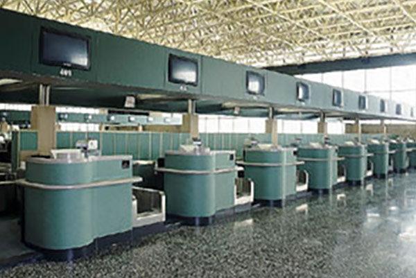 Aeroporto Malpensa - Allestimento Banco Check in Corian