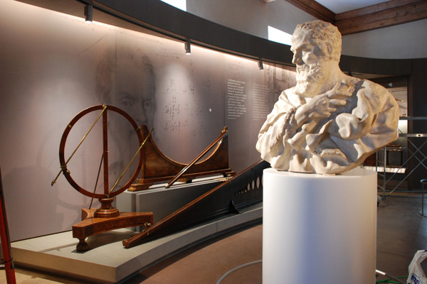 Allestimento Museo in Corian Galileo Firenze