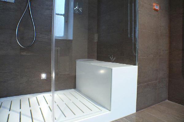 Shower in Corian