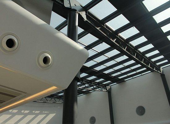 Realizzazione rivestimento interno in Corian Centro Commerciale in Azerbaijan Lavorazione